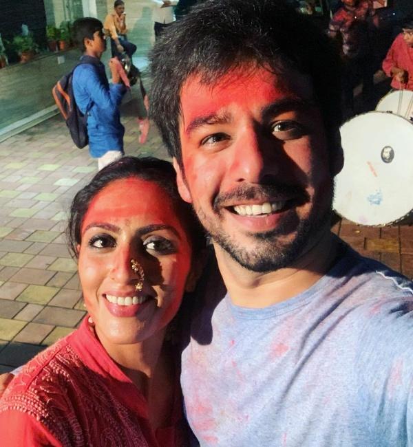 Aşk Bir Rüya Thapki Pyar Ki'de Bihaan ve Shadha yani Manish Goplani ve Monica Khanna arasında ne var?